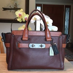 🌹COACH Swagger Colorblock Ginger Leather Satchel!